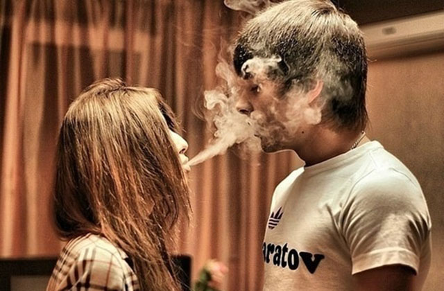 Dating for stoners